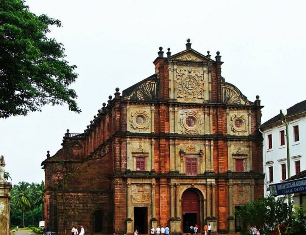 Basilica of Bom Jesus, Old Goa Walk